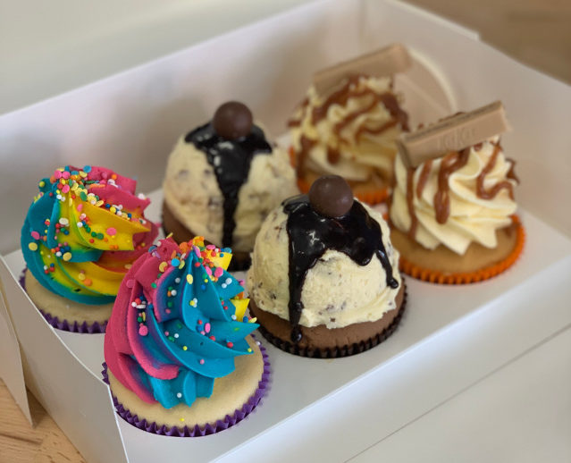 cupcakes and sweet treats delivered i the sutherland shire from bec bakes cronulla