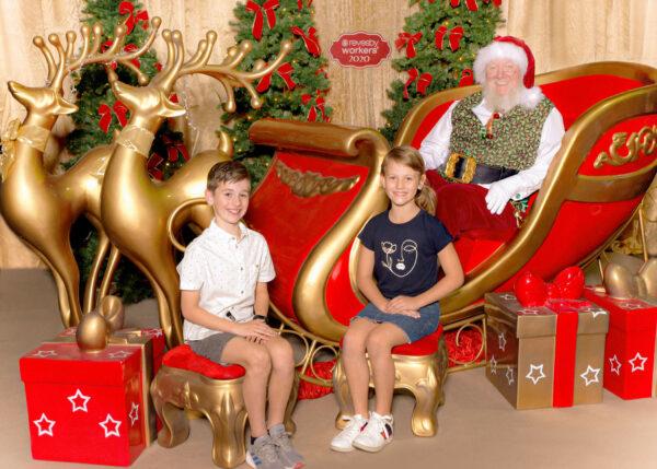revesby-workers-club-santa-photo