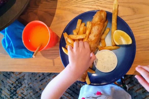 kids fish and chips at bundeena CSC