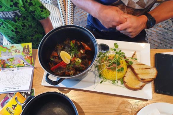 Mussel hot pot at Bundeena CSC