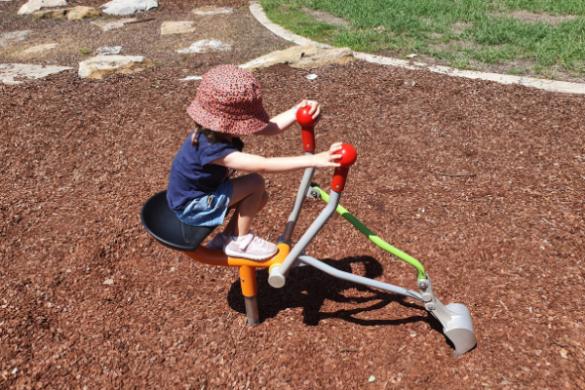 Prince Edward Park playground, Woronora- kids diggers